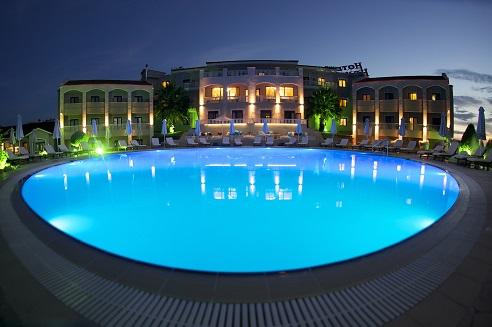 Hotel Heaven photo